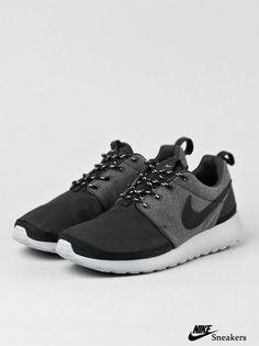 sale retailer 2c5f5 7744a nike internationalist khaki mint Nike Shoes Outlet, Nike Shoes Cheap, Nike  Free Shoes,