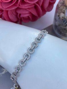 Bracelet en argent 925 et cubiques zirconium Bracelets, Diamond, Tennis, Jewelry, Products, Jewlery, Jewerly, Schmuck, Diamonds