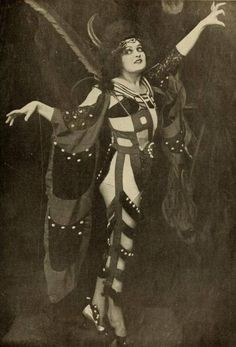 Fern Andra in Genuine: A Tale of a Vampire (1920)
