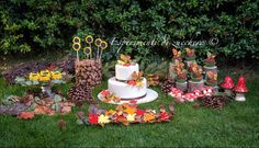 Autumn sweet table