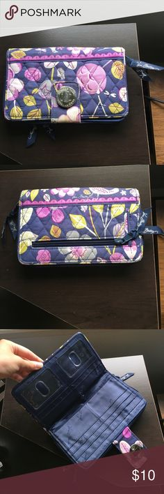 Vera Bradley Clutch Purple Vera Bradley clutch, in like-new condition. Storage in bother the zipper section and under the clasp section. If you have any questions, feel free to ask! :) Vera Bradley Bags Clutches & Wristlets
