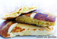 gryzinskie Chaczapuri, Chaczapuri imeruli, Georgian cuisine, feta cheese, keen on sweet Georgian Cuisine, Bread Recipes, Feta, Pancakes, Lunch, Cheese, Breakfast, Sweet, Pizza