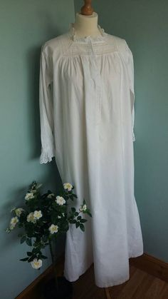 Long vintage nightgown or nightdress night by LilysVintageLinens