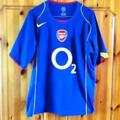 The classic blue away jersey from the 2004-2005 season.
