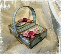 Cute picnic basket - with free great step-by-step tutorial