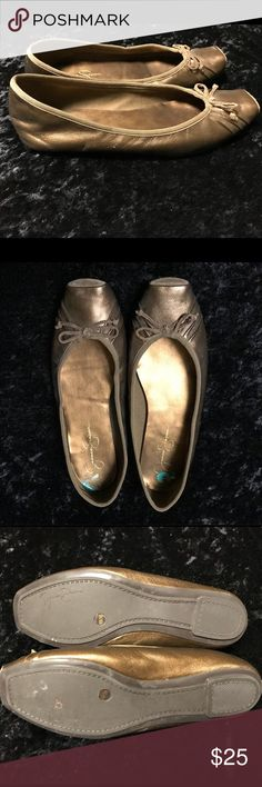 Jessica SImpson ballet flats Super cute & comfy! Jessica SImpson ballet flats in gold. Only worn a few times. Small scuff that you can see in the side view pic. Jessica Simpson Shoes Flats & Loafers