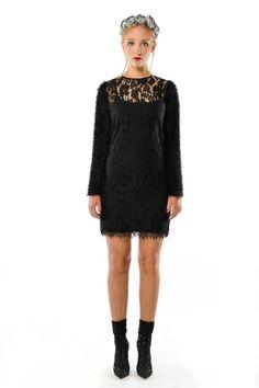 2f10535a13a5e8 Dobrowieść - czarna koronkowa sukienka. Sukienka zaprojektowana z czarnej  koronki oraz dzianiny swetrowej. Projektant. Milita Nikonorov ...