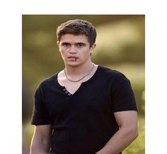 'Home and Away' 2016 Kyle Killed Charlotte? 'Wants Her Out,' Says Nic Westaway - http://www.australianetworknews.com/home-away-2016-kyle-killed-charlotte-wants-says-nic-westaway/