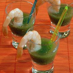 These little shrimp cocktail shooters are served with a bright & spicy tomatillo gazpacho. They make a light and festive appetizer. Gazpacho, Coconut Shrimp, Fish And Seafood, Appetizers For Party, Food Presentation, Soups And Stews, Summer Recipes, Seafood Recipes, Food Processor Recipes