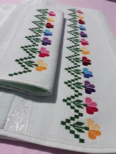 1 million+ Stunning Free Images to Use Anywhere Cross Stitch Bookmarks, Cross Stitch Borders, Cross Stitch Flowers, Cross Stitch Designs, Cross Stitching, Cross Stitch Patterns, Knitting Patterns, Creative Embroidery, Diy Embroidery