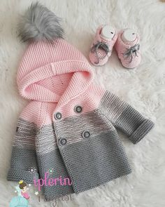 Baby clothes should be selected according to what? How to wash baby clothes? What should be considered when choosing baby clothes in shopping? Baby clothes should be selected according to … Baby Sweater Patterns, Baby Cardigan Knitting Pattern, Knit Baby Sweaters, Knitted Baby Clothes, Girls Sweaters, Baby Knitting Patterns, Baby Patterns, Knitted Baby Outfits, Clothes Patterns