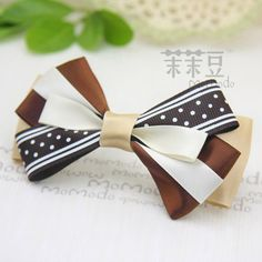 brown & cream bow
