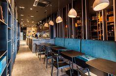 Fauteuil design en bois pour bar restaurant - Sledge