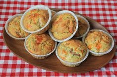 Muffins med skinke og ost Baby Snacks, Keto Dinner, Bento, Tapas, Meal Prep, Picnic, Dinner Recipes, Lunch Box, Food And Drink