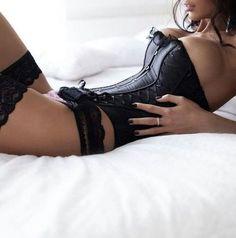 ♥ oh my so sexy. corsets make you feel soooo sexy too!