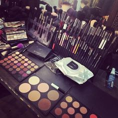 """jeffreestar: """"my makeup station today… ✨ @morphebrushes eye palettes are keeping me right! and @priscillaono's #brushfolio is the BEST for keeping all my brushes organized!!  cc:..."""