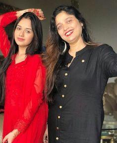 Cute Girl Photo, Beautiful Girl Photo, Beautiful Girl Indian, Cool Girl, Stylish Girl Images, Stylish Girl Pic, Nikki Bella Photos, Diwali Dresses, Indian Natural Beauty