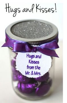 Cute DIY wedding favors you can buy the jars pretty cheap online