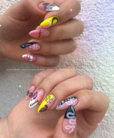 see through nails Gem Nails, Aycrlic Nails, Nail Manicure, Swag Nails, Hair And Nails, Fire Nails, Best Acrylic Nails, Crazy Nails, Nail Games