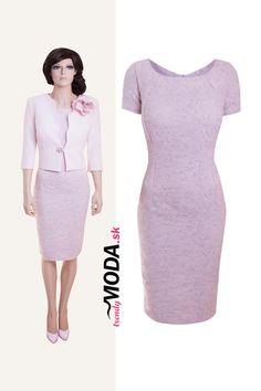 1a6598fd4875 Krásne elegantné dámske šaty s kabátikom v pastelovej ružovej  farbe-trendymoda.sk