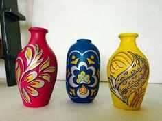 Pot Decoration Home Design Ideas - DIY and crafts Pottery Painting Designs, Pottery Designs, Paint Designs, Flower Pot Crafts, Vase Crafts, Glass Bottle Crafts, Bottle Art, Ceramic Painting, Ceramic Art