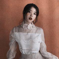 Aesthetic Photo, Kpop Aesthetic, Girl Photo Poses, Girl Photos, Korean Celebrities, Celebs, K Pop, Korean Girl, Asian Girl