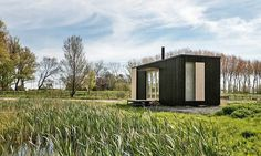 Off-grid cabin by Ark Shelter « Inhabitat – Green Design, Innovation, Architecture, Green Building Prefabricated Cabins, Prefab Homes, Tiny Modular Homes, Tiny Homes, A Frame House Kits, Tiny House France, Shelter, Off Grid Cabin, Luxury Camping