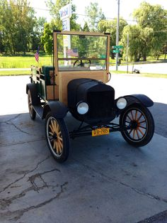 Cool old car