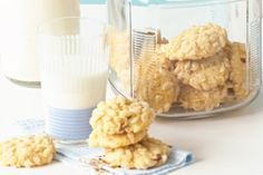 Your kids will love making these biscuits with crispy rice bubbles and sweet apricots.