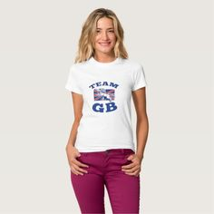 Team GB Lion sitting GB British union jack flag T-shirt. Rugby World Cup women's t-shirt with an illustration of a lion sitting on fours with Great Britain union jack flag in background. #rwc #rwc2015 #rugbyworldcup