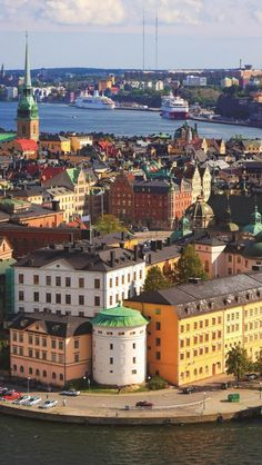 Maybe if I make beaucoup bucks I can retire here, Stockholm, Sweden! I miss it so much
