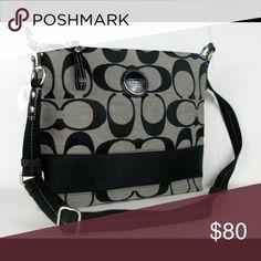 Coach cross body purse Super cute cross body purse, only used a few times! Coach Bags Crossbody Bags