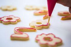 Vánoční máslové sušenky - Proženy Candy, Cookies, Desserts, Food, Crack Crackers, Tailgate Desserts, Deserts, Biscuits, Essen