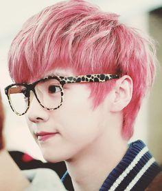 EXO Luhan Pink Hair
