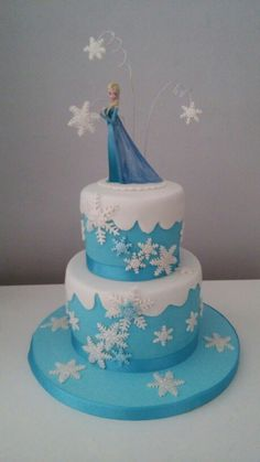 Frozen Cake to Girl by . ESLAVASCAKE Madrid/ Spain.