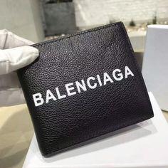 2018新作 BALENCIAGAバレンシアガ スーパーコピー ロゴ エンボス 折りたたみ財布 7011102