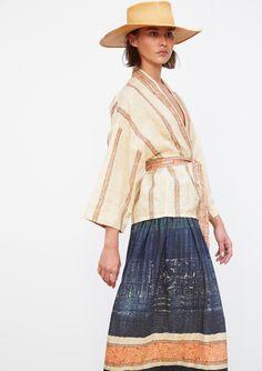 Collection Printemps Eté • Spring Summer 2017 • Samet Kimono • Available in our stores Manyvan Skirt • www.mesdemoisellesparis.com/e-shop/fr/jupe/jupe-manyvan #mesdemoiselles #collection #springsummer #clothes #look #outfit #mesdemoisellesparis