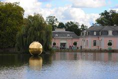 Schloss Benrath: Goldene Kugel