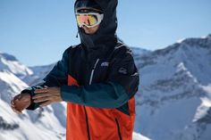The Ultimate Sustainable Winter & Ski Layering Guide - Weekendbee - sustainable sportswear Pant Shirt, Hoodie Dress, Hoodie Jacket, Snowboarding Outfit, Lifelong Friends, Ski And Snowboard, Outdoor Outfit, Sustainability, Skiing