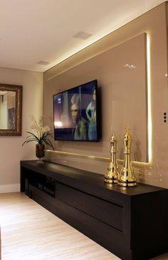 Best home theater planejado sala laca 15 ideas Tv Wall Design, House Design, Living Room Tv Unit Designs, Tv Wall Decor, Home Interior Design, Living Room Decor, Home Decor, Wall Mount, Mount Tv