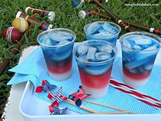 Layered Drinks {4th of July Style}  Red, white and blue for the 4th or come up with your own color scheme!!  Happy 4th!!