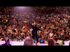 """""""Cielito Lindo"""" - Andre Rieu en Mexico What I can say? Music of my México beautiful and beloved  ;' )"""