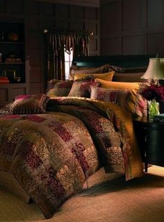 New Luxury King Comforter Set OVER-Size Bedding Bed Blankets Maroon Gold Warm