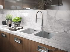 Marble worktops for charming surfaces.