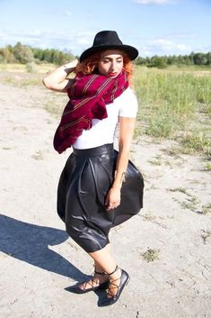 Black leather skirt, white top, black hat, wrap ballerina flats and blanket scarf - DIY No Sew Oversized Blanket Scarf tutorial. Great with all outfits; skirt, pants, t-shirt, sweater. Go for different pattern or motif. Upcycle your fabric and create a scarf for you or as a gift.