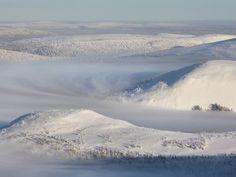 フィンランドのネイチャー写真家テア・カルヴィネンがフィンランドの10大絶景のリストを見せてくれました。
