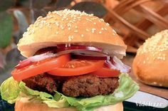 Csirkeburger  csütörtök  reggeli   340 Kcal