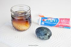 Toothpaste and Brushing Experiment - Munchkins and Moms