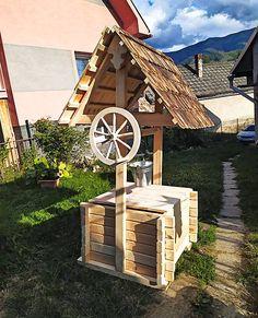 Firewood, Bird, Outdoor Decor, Crafts, House, Home Decor, Woodburning, Manualidades, Decoration Home