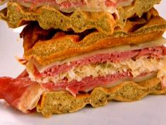 Pressed Reuben Waffle Sandwich recipe from Aaron McCargo Jr. via Food Network Quick Dinners For Two, Meals For Two, Waffle Sandwich, Sandwich Recipes, Sandwich Ideas, Bread Recipes, Food Network Recipes, Cooking Recipes, Cooking Cup